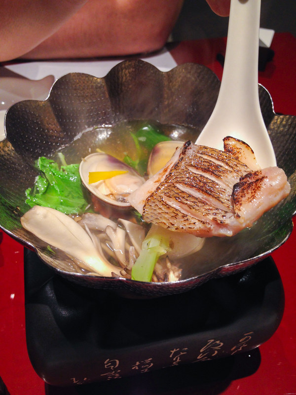 mie-clams-clear-soup