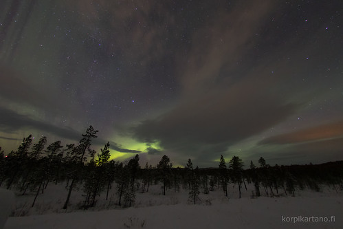 northernlights auroraborealis laplandfinland menesjarvi inarilapland korpikartanofi