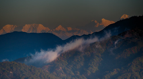 sky india mountain sunrise trekking himalayas westbengal mteverest thehimalayas tumling sandakphusingalilatrek