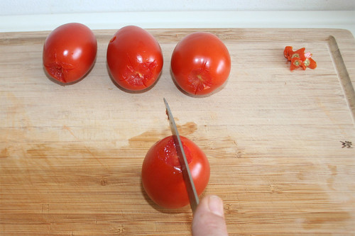 15 - Tomaten einritzen / Scratch tomatoes