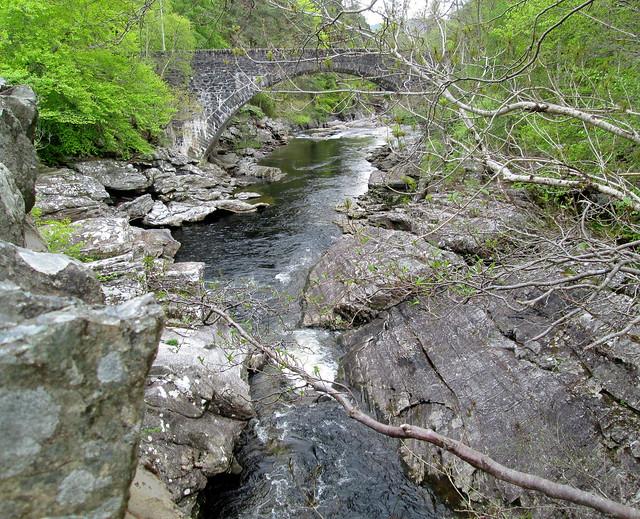 Invermoriston, Falls and New Bridge