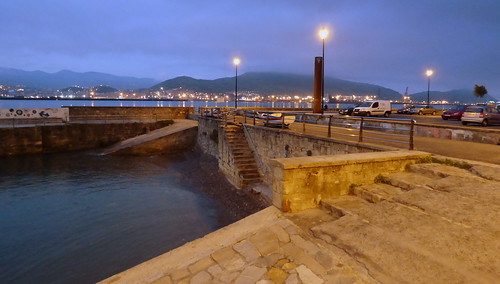 Puerto Viejo y playa de Ereaga... y al fondo Portugalete y Santurtzi