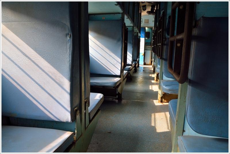 1臥鋪火車