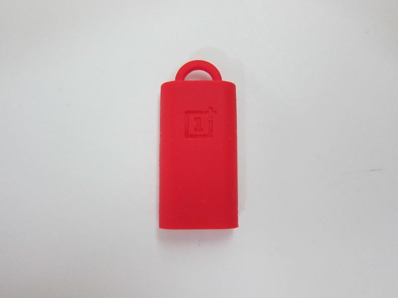 OnePlus USB Type-C Adapter - Holder Back
