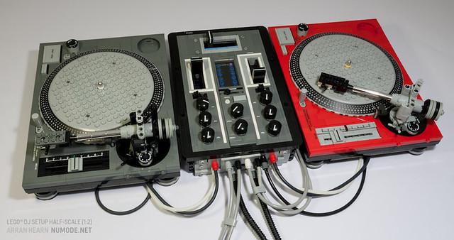 Lego DJ Setup Half-scale [1:2]