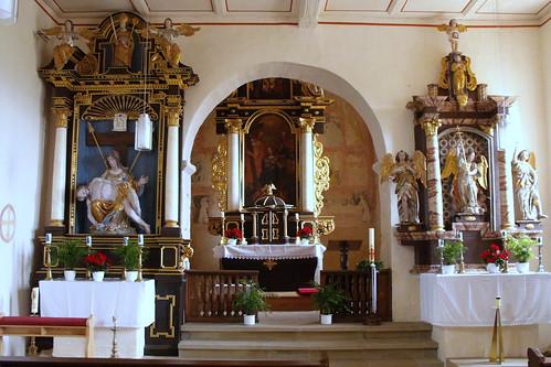 St. Michael, Heustreu, Innen