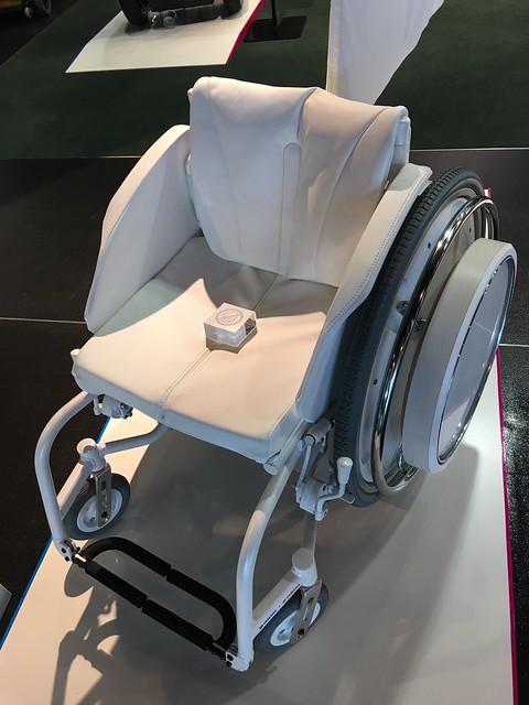 ヤマハ発動機 車椅子