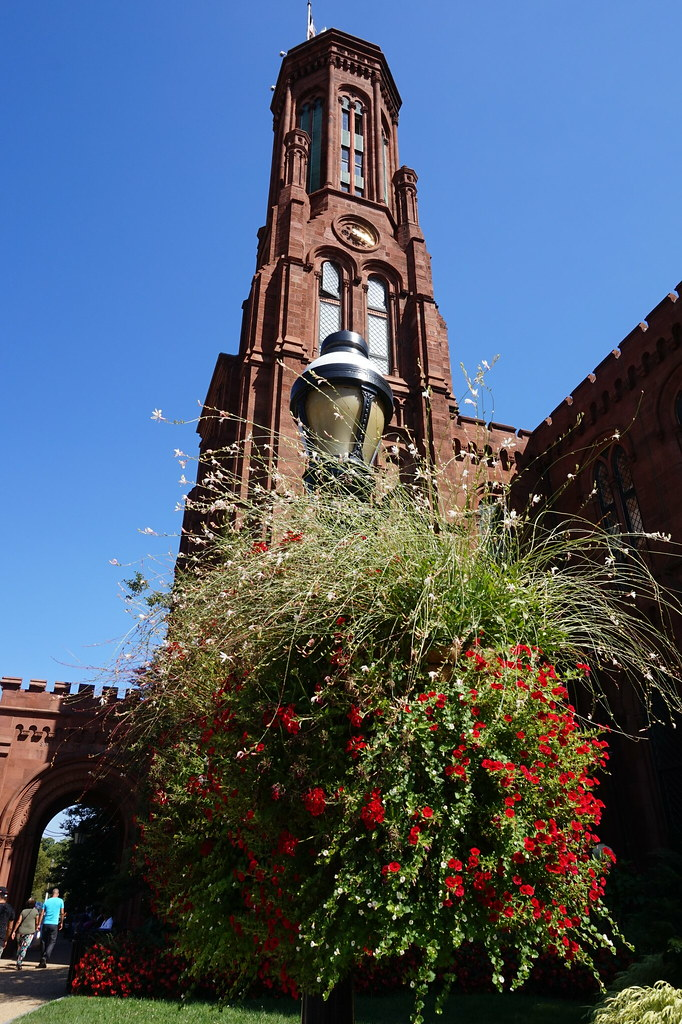 Smithsonian Institution Building (The Castle) , Washington DC , USA