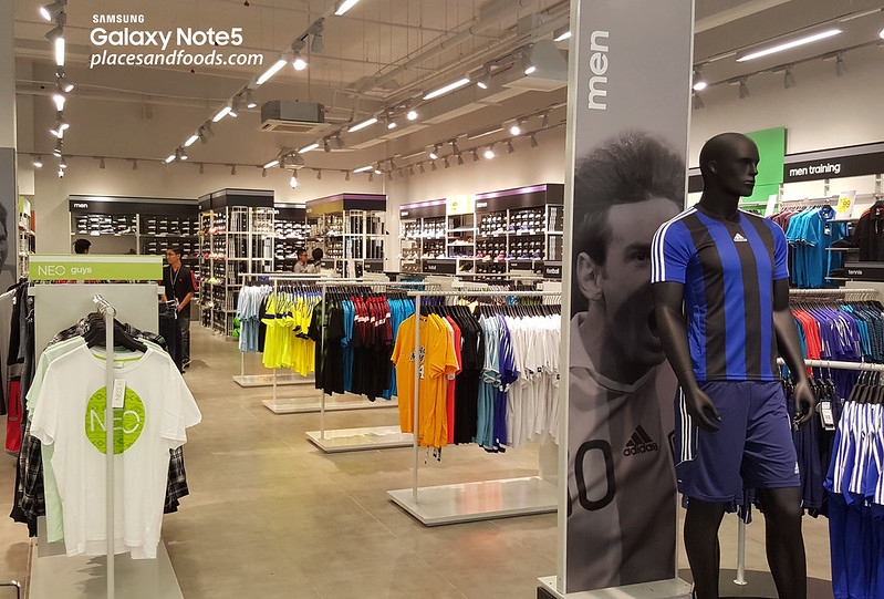 adidas outlet park city hours