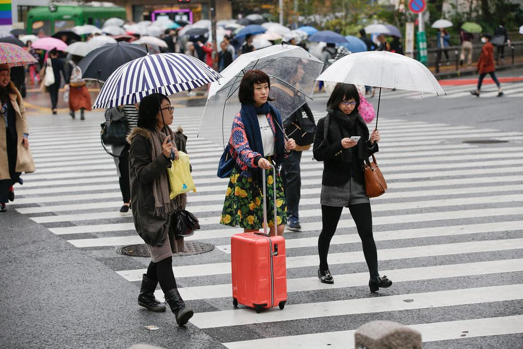 Dogenzaka 2 Chome, Tokyo, Shibuya-ku, Tokyo Prefecture, Japan, 0.005 sec (1/200), f/4.5, 100 mm, EF70-200mm f/2.8L IS II USM