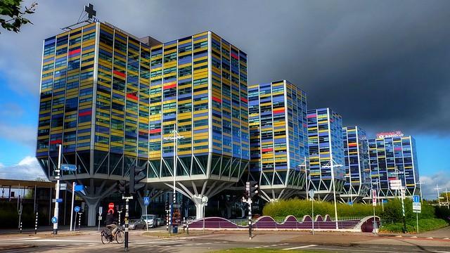 City colors, Fujifilm X-A1, XC16-50mmF3.5-5.6 OIS