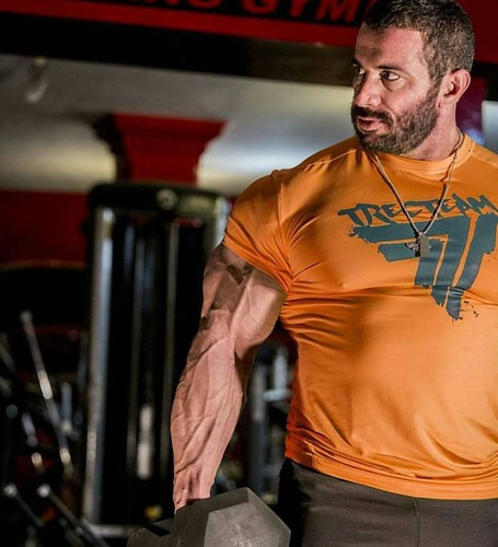 From Iran Mojtaba Notarki الاعب الإيراني مجتبى نوتاركي .. .. .. .. #cardio #dedication  #bodybuilding #muscles #muscle #Kuwait #follow #kuw  #new #oxygen #protein #iran #الكويت #السعودية #الامارات #البحرين #قطر #دايت #رجيم #مكملات #Ifbb #carb #ايران  #die