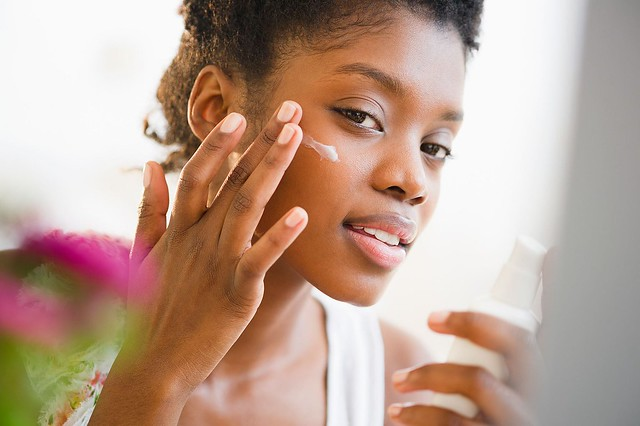 Here's How to Prep Your Skincare Routine For Colder Weather, According to Dermatologists