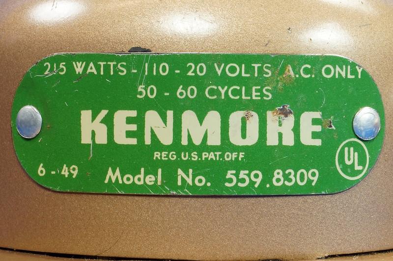 RD14519 Vintage 1949 Mid Century Kenmore Electric Hair Dryer # 559 8309 Wood Handle DSC06213