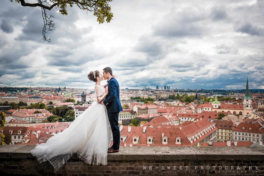 布拉格捷克歐洲天文鐘天鵝查理大橋海外婚紗海外旅拍-01.jpg