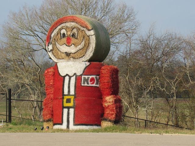 Texas-Sized Hay Santa......, Canon POWERSHOT SX520 HS