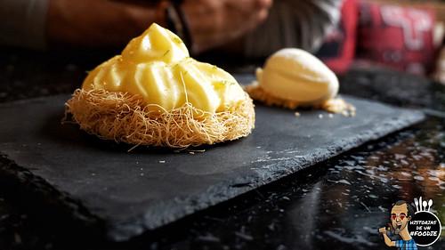 Tartaleta de cítricos ... crema de mantequilla de limón, espuma de mandarina, twist de pomelo y helado de yuzu