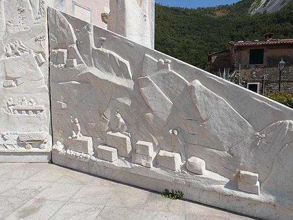 monument aux morts colonnata 1
