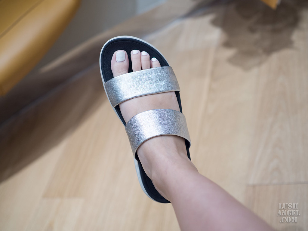 fitflop-silver