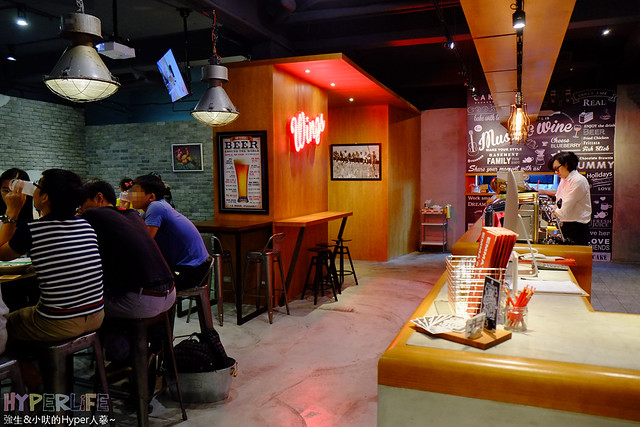 Emma's Cafe (8)