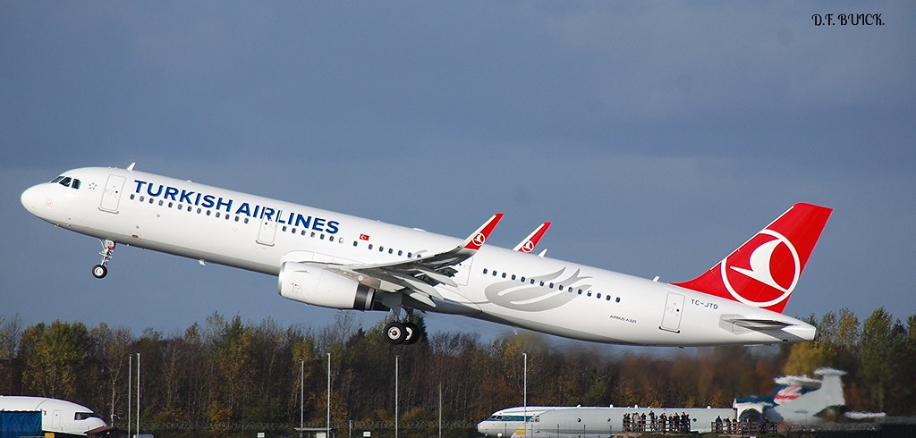 TC-JTD - A321 - Turkish Airlines