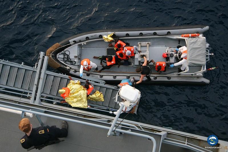 Op. SOPHIA rescue on nov 24 2015 by FGS Berlin and HMS Enterprise – EUNAVFOR MED