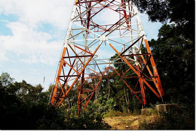 蟻崗山高壓輸電塔