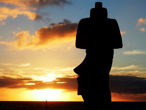 Sunset over Moai - Rapa Nui - Eastern island - Chile