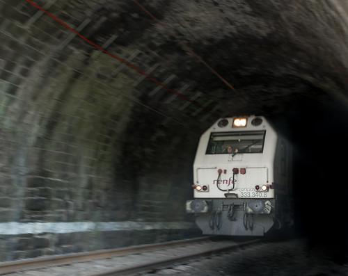 Saludo al salir del túnel.