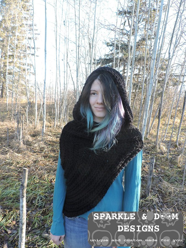 Huntress Hooded Cowl 03d