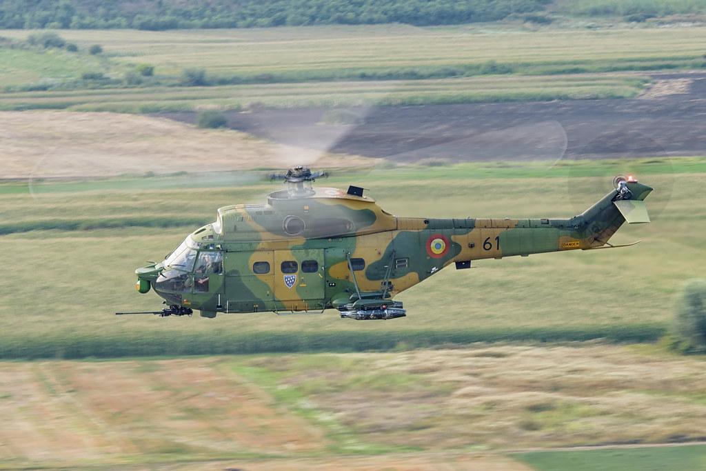 IAR 330 Puma SOCAT 20571985133_208c68a004_b