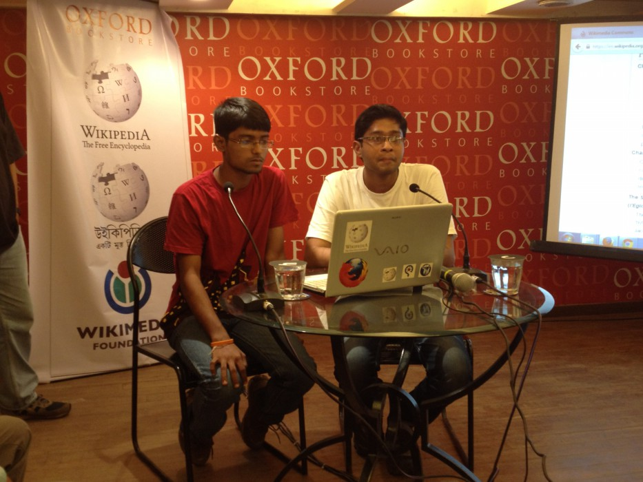 Sukanta Pal at Wikilearnopedia 2015 at Oxford Bookstore Kolkata, India