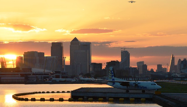 London City Airport sunset (2) @ Royal Docks 25-09-15