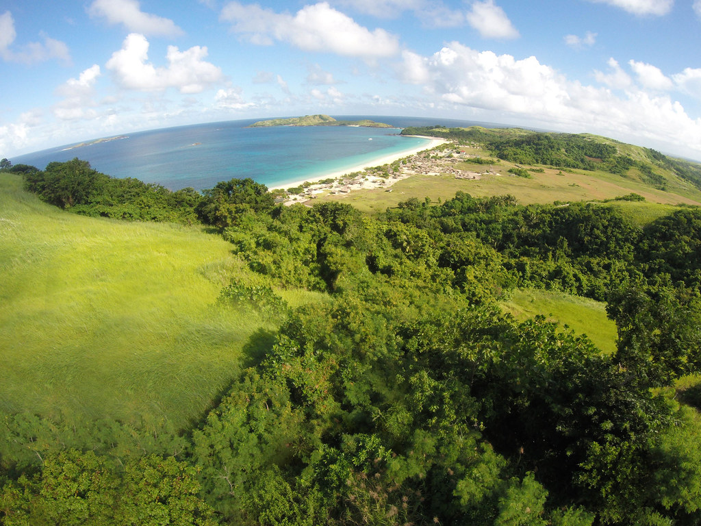 Calaguas Day 3 - Go Pro x Drone Shot (Family)-2.jpg