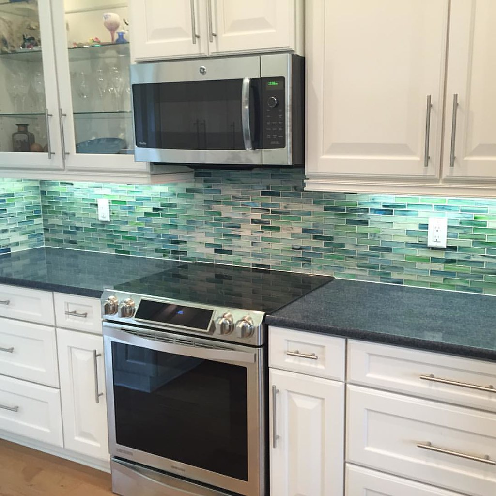 - Finished The Glass Tile Backsplash In Apollo Beach, Florid… Flickr