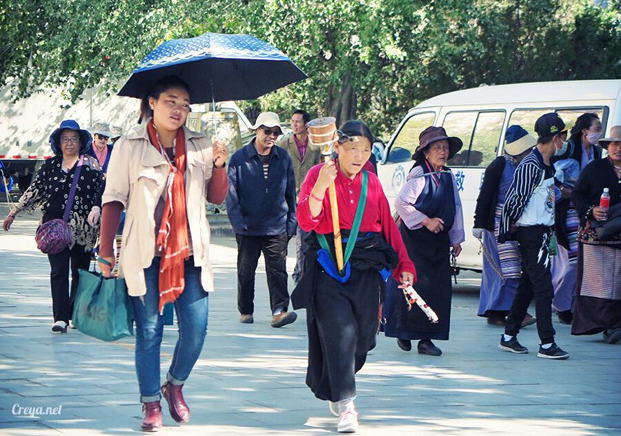 2015.12.04▐ Tibet 西藏踢北去 ▐ 藏人的精神殿堂布達拉宮,但或許不只我們高山反應沒精神…20.jpg