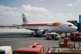 """Iberia Airbus A320-211 EC-FEO """"Delta del Ebro"""""""