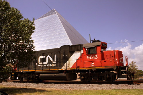 CN IC #9613 Locomotive at the Memphis Pyramid