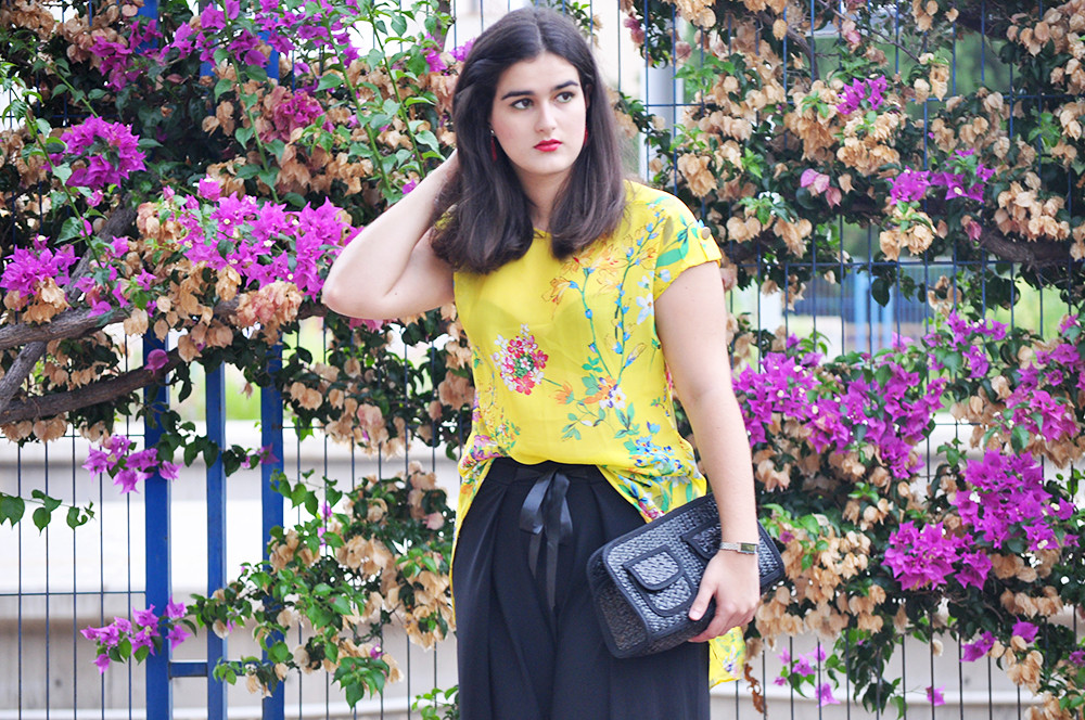 valencia fashion blogger, how to dress for a formal event palazzo pants, something fashion VLC moda party pants blouse primark, green eyeliner makeup ideas, LODI mesh sandals statement jewelry