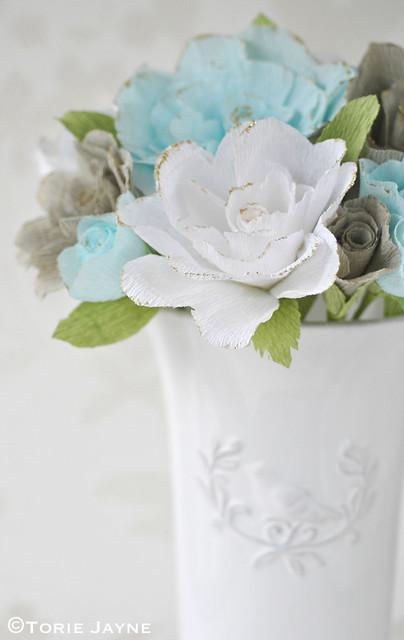 DIY Crepe paper roses 1