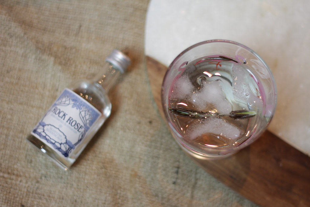 RockRose-and-tonic