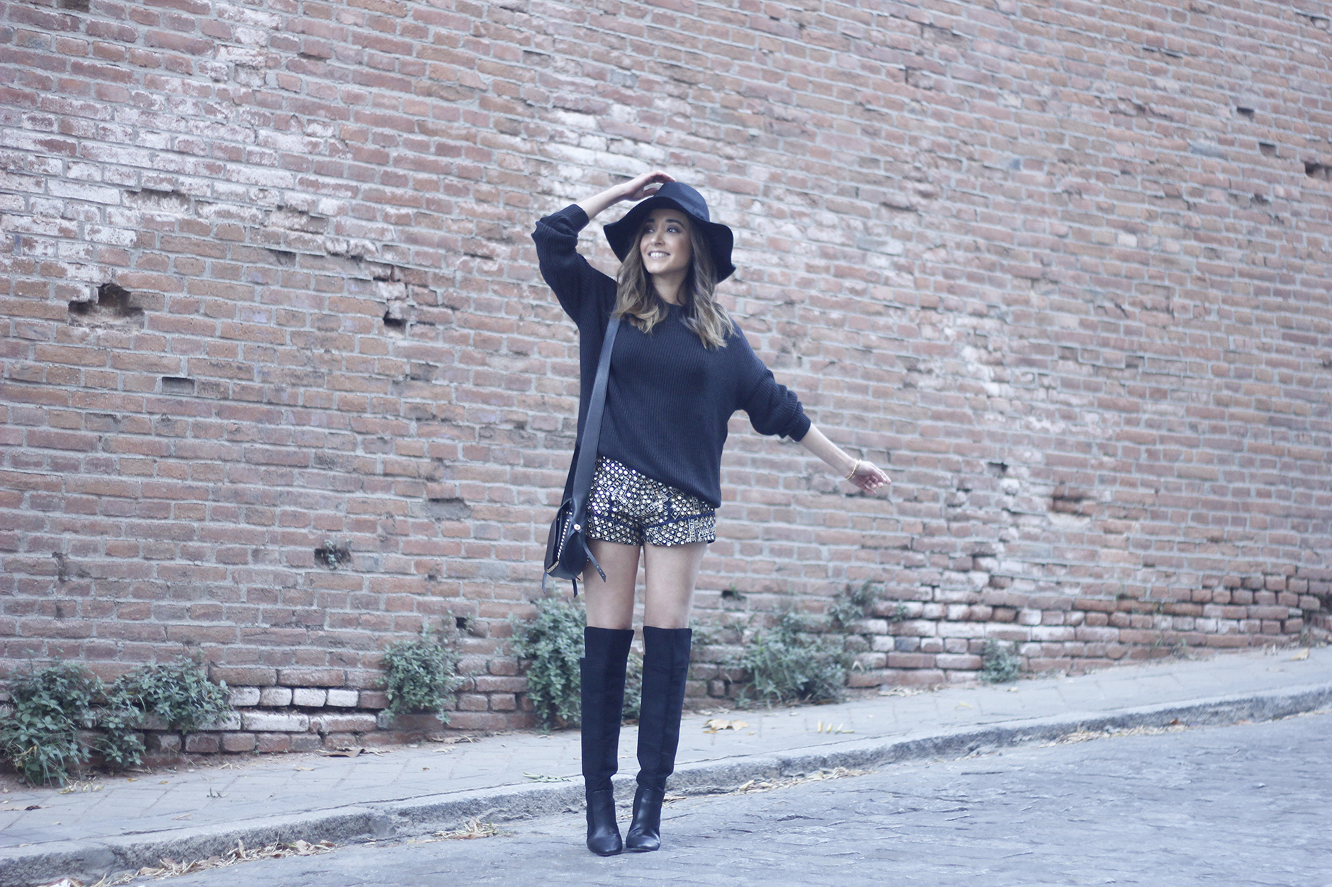 embroidered shorts black hat over the knee boots black sweater pull and bear purse coach outfit24
