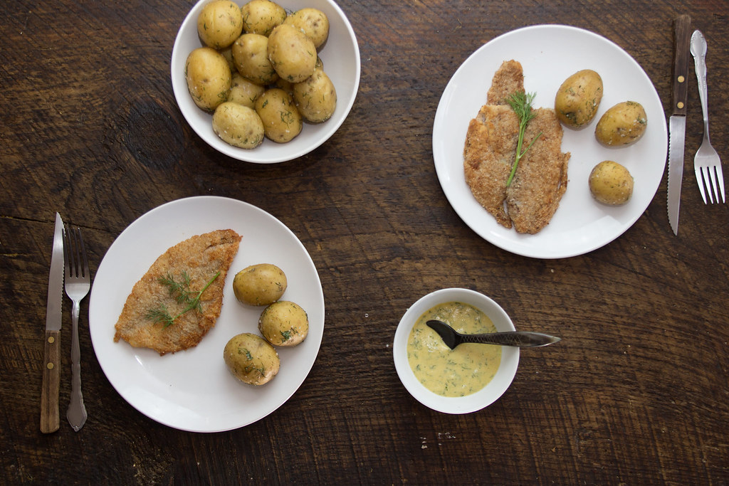 Swedish Pan Fried Flounder with Potatoes and Dill Sauce