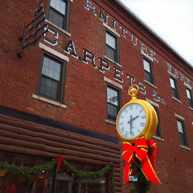 Great Barrington, MA Downtown | Holiday Decorations