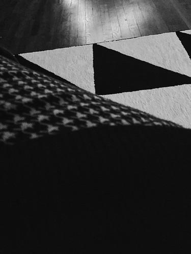 334 - Black & White