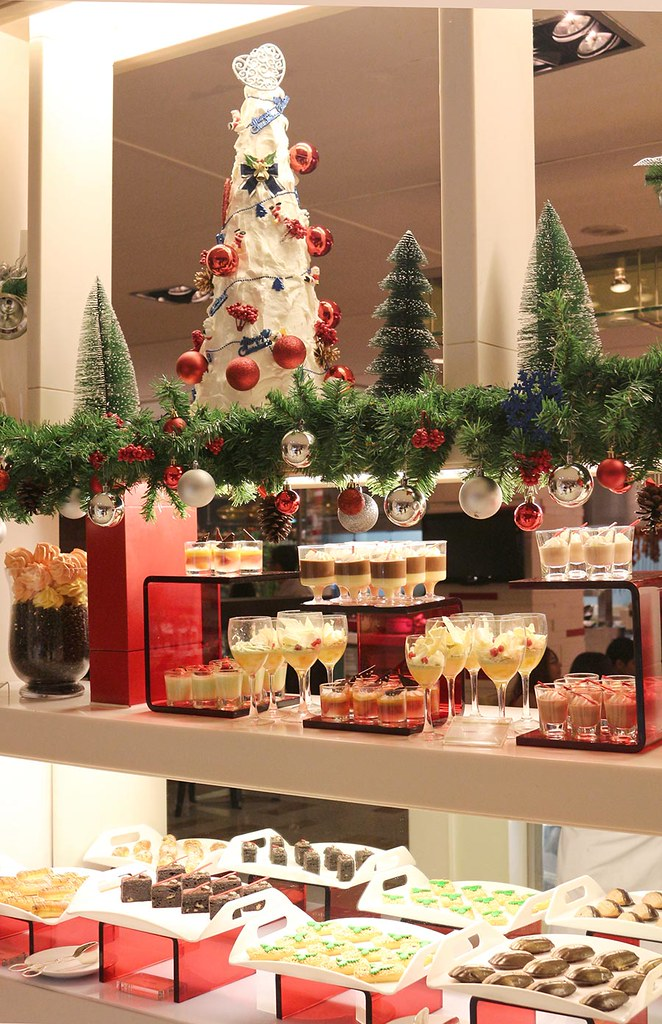christmas-new-year-celebrations-lemon-garden-cafe-shangri-la-hotel-kuala-lumpur