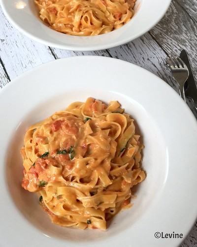 Tagliatelle met tomaten-gorgonzola-mascarponesaus