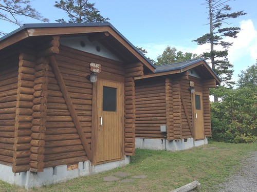 rishiri-island-rishiri-cho-forest-park-camp-site-bungalow01