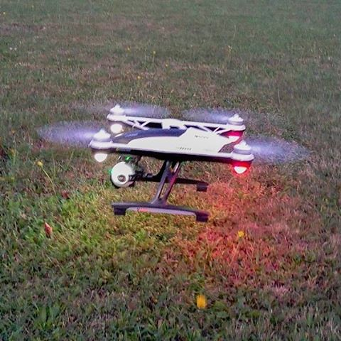 The #yuneecq500 quadcopter everyone can fly, so easy. So does quadcopter flying for beginners fun.