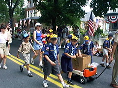dsc00015:Cub pack 76 at the 1999 4th of July Parade in Riverton, NJ